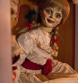 داستان ترسناک عروسک آنابل ؛ خبر فرار آن از موزه