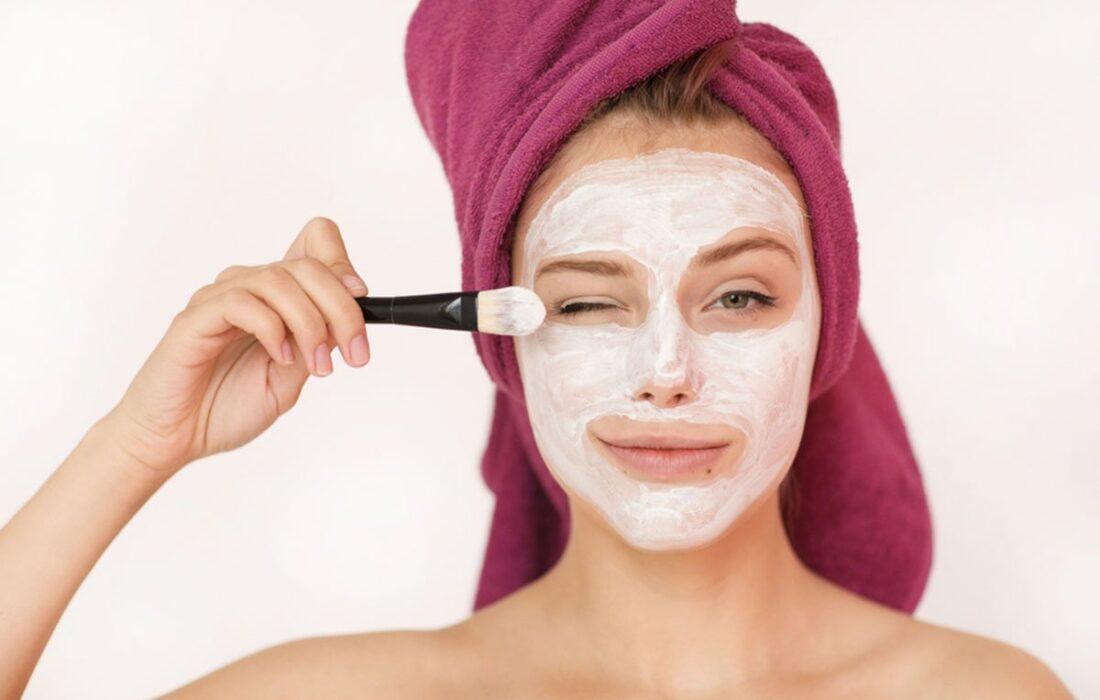 ماسک خانگی برای لیفتینگ پوست صورت با مواد طبیعی!