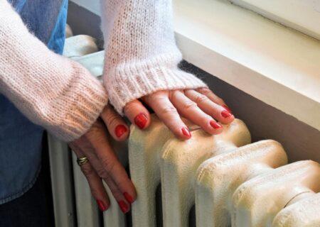دلایل سردی سر انگشتان