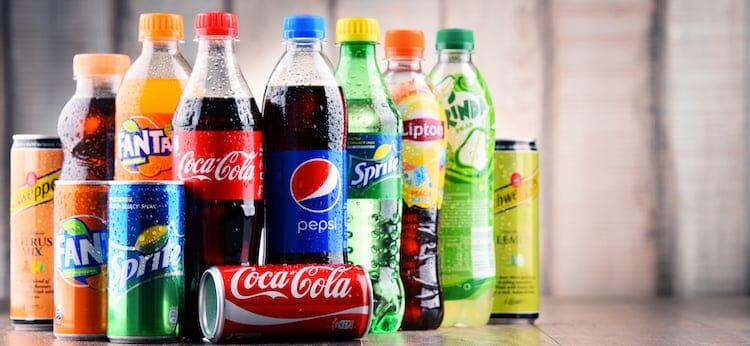 عوارض نوشابه؛ تنها نوشیدنی مضر