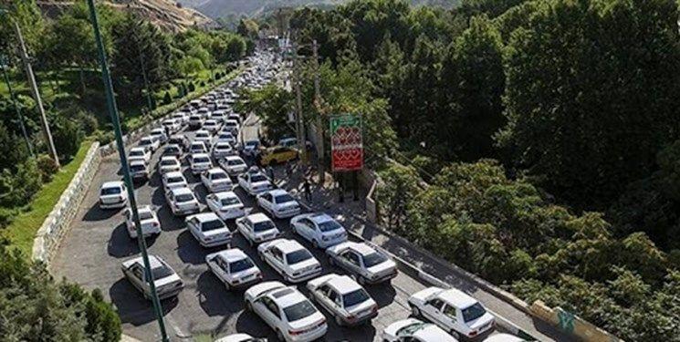 ترافیک سنگین در جاده فیروزکوه و محور کندوان/ممنوعیت تردد کامیون در هراز