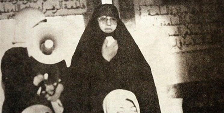 تنها زن فرمانده سپاه را بشناسید! / دست دادن مشهور «خواهر طاهره»  با گورباچف! + ناگفته های شنیدنی