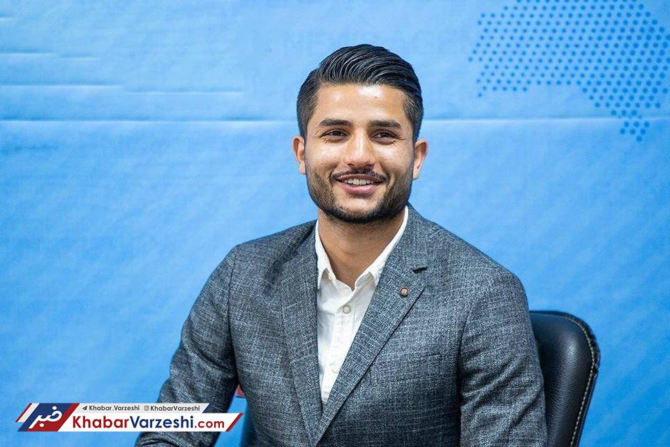 غلامی برای فسخ قرارداد با استقلال به فدراسیون فوتبال رفت