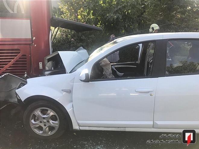 مرگ راننده ساندرو در تصادف با اتوبوس در شمال تهران + تصاویر