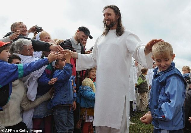 مسیح تقلبی در روسیه دستگیر شد + عکس ها
