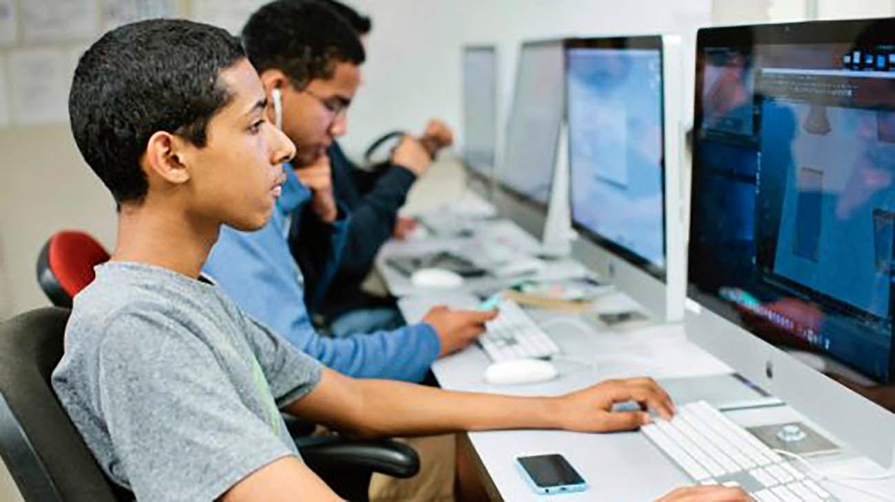 حمله هکری نوجوان ۱۶ ساله به بزرگترین مرکز آموزشی فلوریدا + عکس