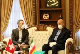 وزیر خارجه سوئیس: برای برقراری ارتباط میان ایران و آمریکا تلاش میکنیم