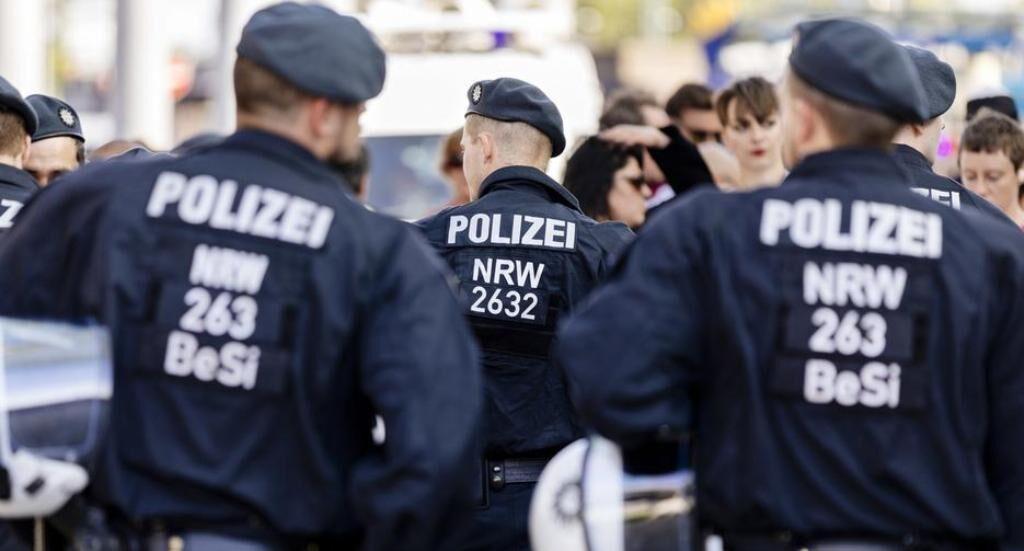 رسوایی در پلیس