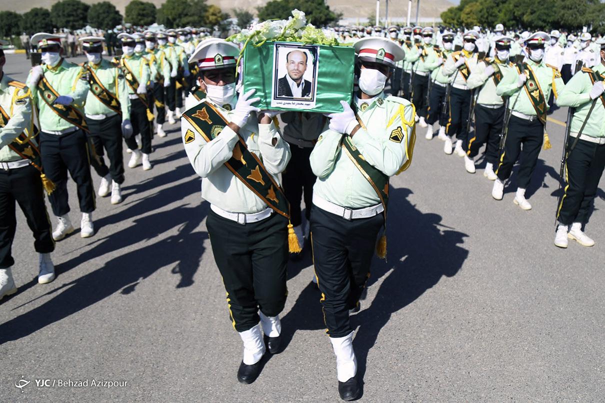 1600093293 303 مراسم تشییع پلیسی که با سلاح سرد یک متهم شهید مراسم تشییع پلیسی که با سلاح سرد یک متهم شهید شد + عکس