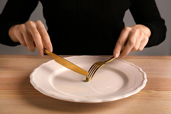 تاثیر منفی کرونا در غذا خوردن