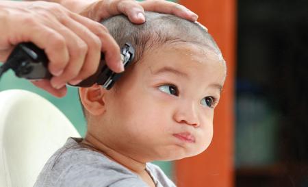 تراشیدن موی سر باعث پرپشت شدن موها می شود؟