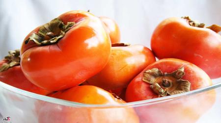 خرمالو این میوه ی سرشار از ویتامین