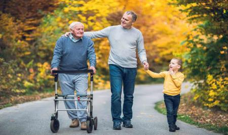 سالمندی در کشور زنانه می شود؟