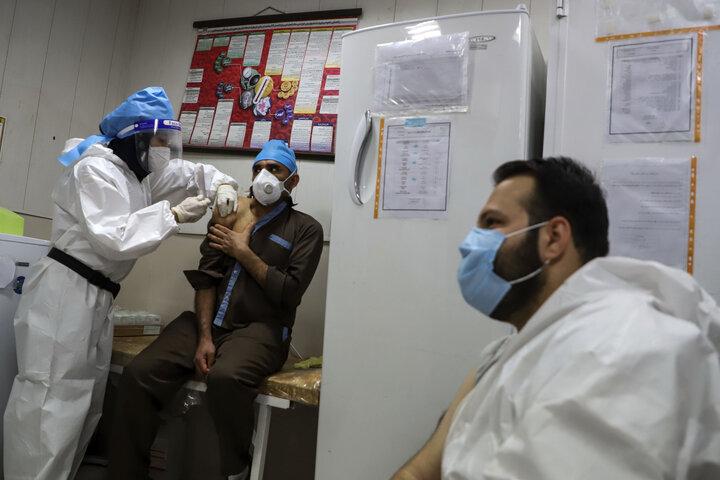 وزارت بهداشت به تنهایی قادر به رفع معضل کرونا نیست