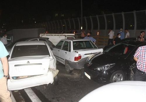 تصادف زنجیره ای ۱۱خودرو در جاده مشهد – گلبهار+عکس