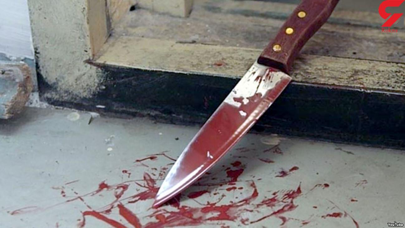 حمله وحشیانه ۲ زن با پوشش اروپایی با چاقو به ۲ زن با حجاب