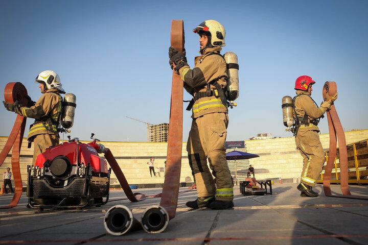 سردار جلالی: فداکاری آتشنشانان تداعیکننده حماسه آفرینیهای دفاع مقدس است