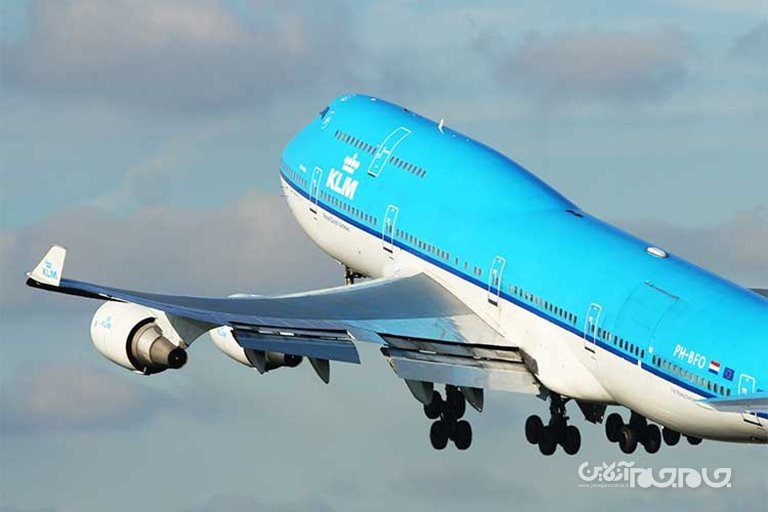 علت خمیدگی بالهای هواپیما به هنگام پرواز چیست؟+عکس