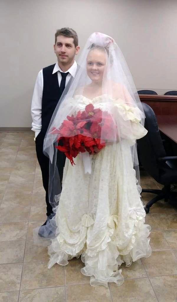 مرگ تلخ عروس و داماد عاشق ۵ دقیقه بعد از مراسم عروسی + عکس