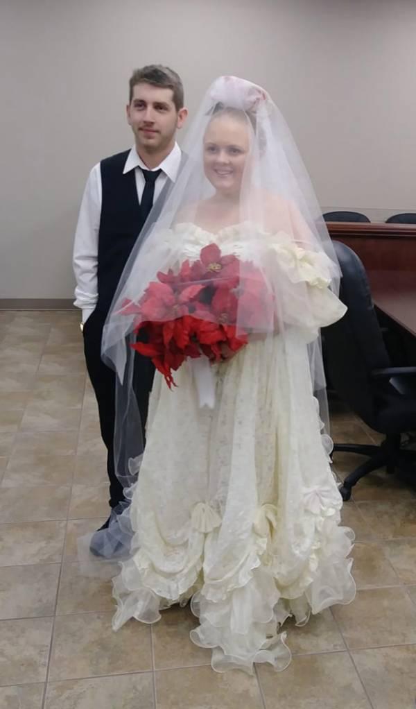مرگ تلخ عروس و داماد ۵ دقیقه بعد از عروسی+ تصاویر