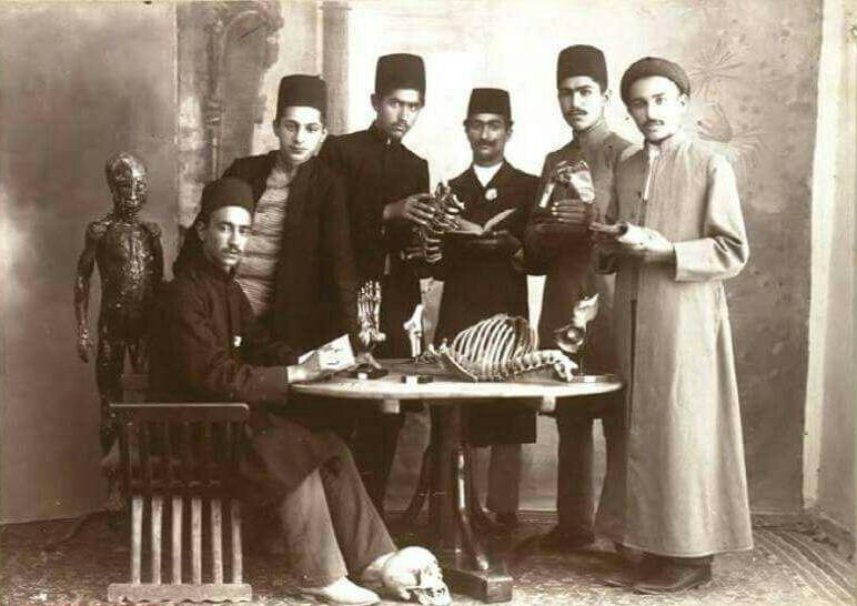 مریضخانه دولتی با غذا و لباس رایگان/ اولین بیمارستان ایران چگونه ساخته شد؟