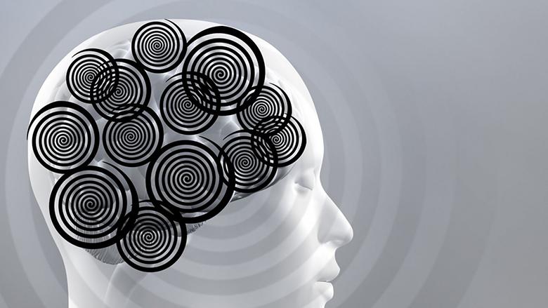 ۱۱ ترفند ذهنی برای پایان دادن به زیاد فکر کردن