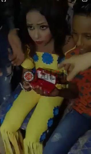 نامزدی دختر و پسر خردسال جنجال برانگیز شد + عکس