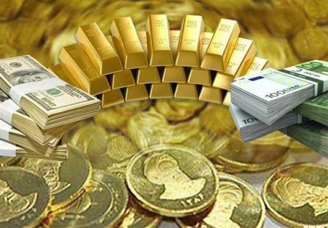 خرید سکه پر ریسک تر است یا دلار؟