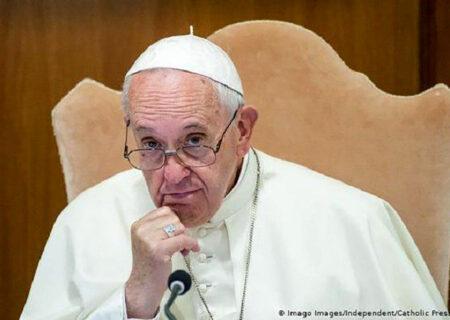 پاپ شراکت زندگی قانونی همجنسگرایان را تأیید کرد