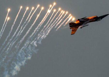 ترامپ عملیات رهگیری هواپیما را با مراسم آتش بازی اشتباه گرفت!