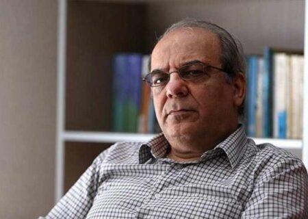 عباس عبدی : درمورد سرمقاله آقای شریعتمداری درباره آیتالله سیستانی ، ساده لوحی است که ادعای اشتباه و عذرخواهی را بپذیریم