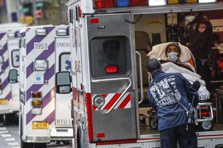 اجساد قربانیان کرونا در کامیونهای یخچالدار نیویورک