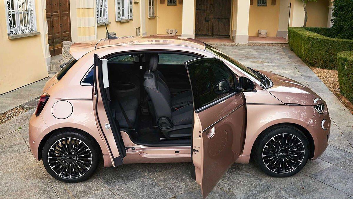 جدیدترین خودرو کاملا الکتریکی فیات رونمایی شد +عکس