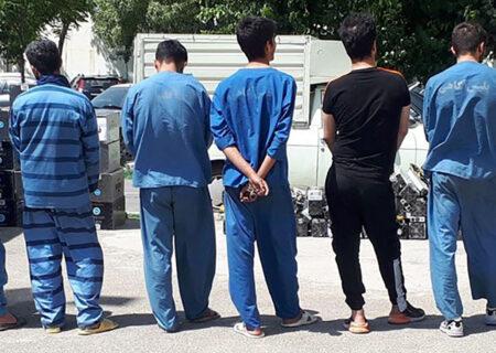 دستگیری ۱۰ تن از  متهمان تحت تعقیب قضائی در فلاورجان