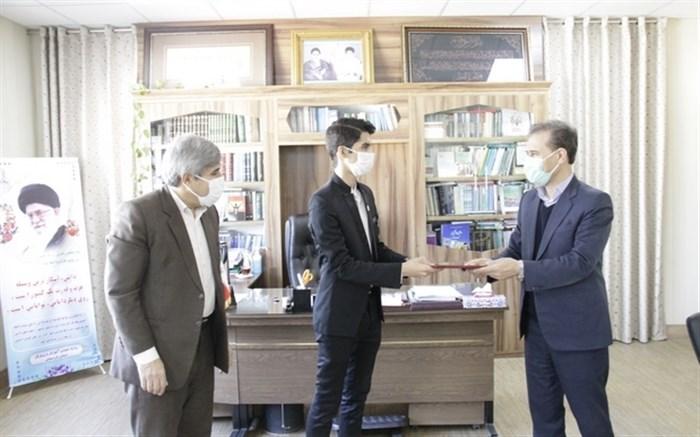 دیدار نماینده مجلس دانش آموزی استان با مدیرکل آموزش و پرورش کردستان