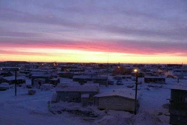 غروب ۶۶ روزه خورشید در آلاسکا!