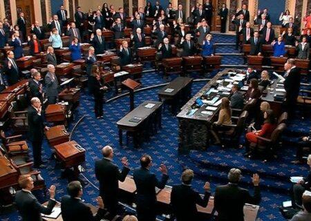 جمهوریخواهان نیمی از کرسیهای مجلس سنا را بدست آوردند
