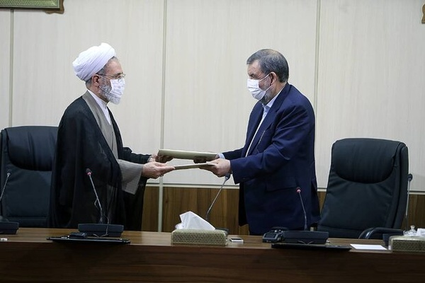 مجمع تشخیص مصلحت نظام مشغول اخذ نظرات برای تدوین سیاستهای کلی برنامه هفتم توسعه است