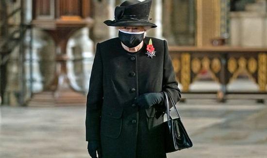 ملکه انگلیس در اولویت دوم دریافت واکسن کرونا