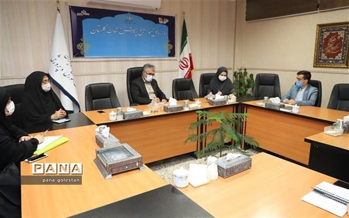 نشست صمیمانه نمایندگان استانی دهمین دوره مجلس دانش آموزی