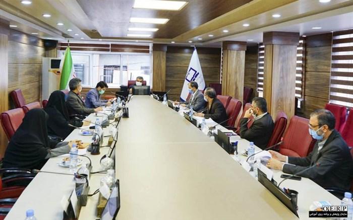 نشست کارگروه پژوهش و برنامه ریزی آموزشی کمیسیون آموزش قرآن برگزار شد
