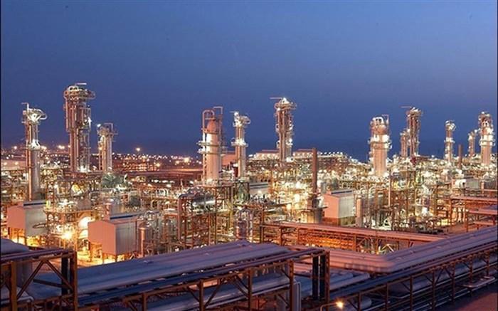 چند طرح توسعه صنعت نفت، گاز و پتروشیمی توسط رئیس جمهور افتتاح شد