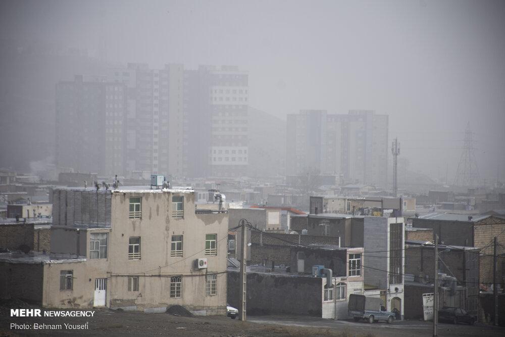 اینجا برای تنفس هوا کم است/قطب صنعتی کشور در کوران دود و کرونا