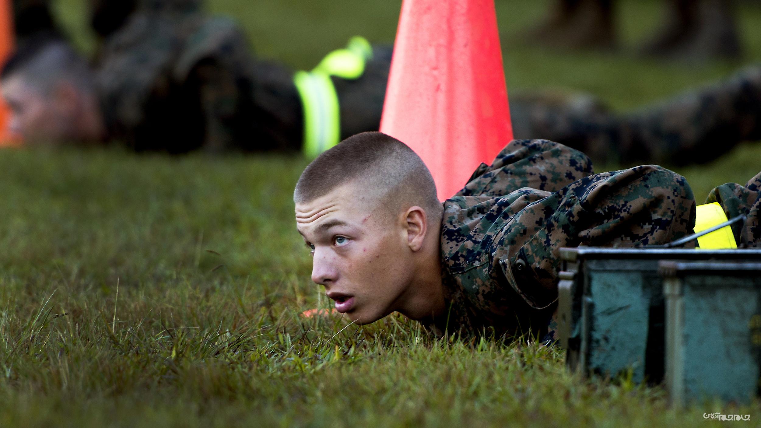 آموزش سرباز از نوع آمریکایی؛ یک شبانه روز با تفنگداران ویژه دریایی در پادگان آموزشی؛ قسمت دوم+عکس