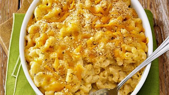 طرز تهیه پاستا با سس پنیر و سیر سوخاری یک طعم لذیذ