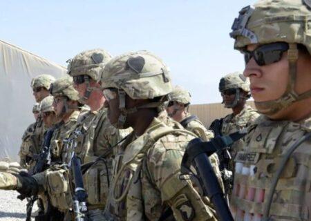 شمار نظامیان آمریکا در عراق و افغانستان به نصف کاهش می یابد