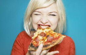 آیا می شود پیتزا بخوریم و چاق نشویم؟ همراه با دستور تهیه