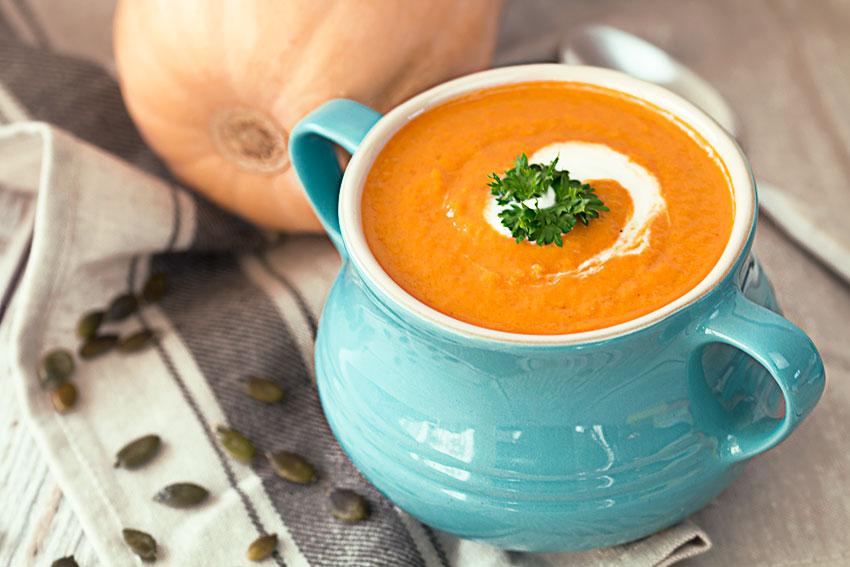 طرز تهیه سوپ کدو حلوایی با شیر ساده و مقوی