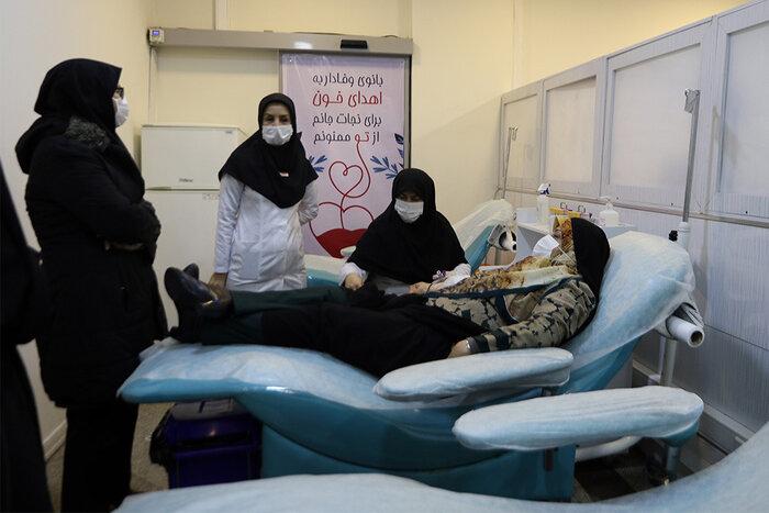 ابتکار: زنان ایرانی در حوزه مشارکت اجتماعی و سلامت پیشتاز هستند