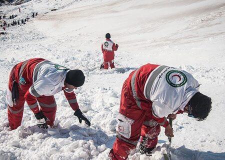 آخرین اخبار از سقوط ۳ بهمن در ارتفاعات تهران؛ ۸ کشته، مصدوم و مفقودی | مدیر پیست توچال:۱۰ کوهنورد را از مرگ قطعی نجات دادیم